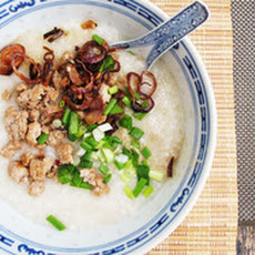 Congee (Rice Porridge) with Minced Pork and Crispy Shallots
