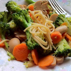 Chinese Noodle and Vegetable Stir Fry (For One)