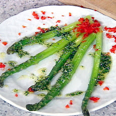 Asparagus with Lemon Herb Dressing