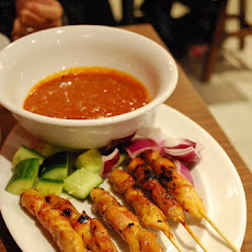 Chicken Skewers With Satay Sauce