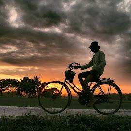 Pulang Kantor by Lucas Setyaputra - Transportation Bicycles