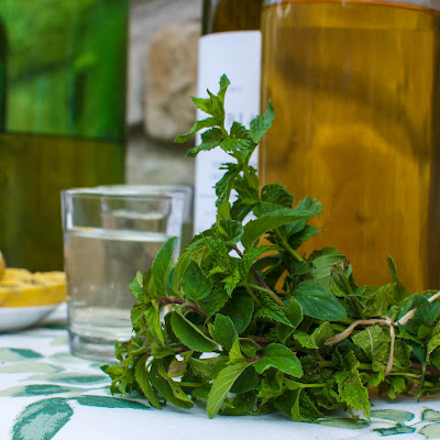 Mint Infused White Wine Syrup