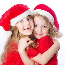Christmas angels by Alda Sykes - Babies & Children Child Portraits ( child, girls, red, christmas, children, twins )