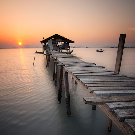 Sunrise - Dove Jetty by Nixȫn Ɲixon - Buildings & Architecture Bridges & Suspended Structures ( sunset, penang, malaysia, sunrise, landscape )