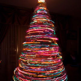 Xmas Splendor by Robert England - Abstract Light Painting