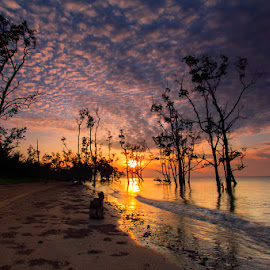 Sunrise at Ambalat Beach by Bambang Pawiroredjo - Landscapes Sunsets & Sunrises