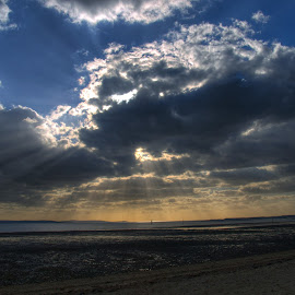 Rays from behind Cloud by Steve Williams - Landscapes Cloud Formations