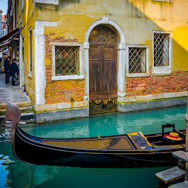 Venezia by Murat Besbudak - City,  Street & Park  Historic Districts ( venezia, gondola, italia )