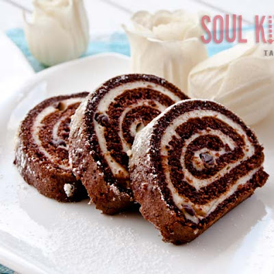 Black And White Roulade