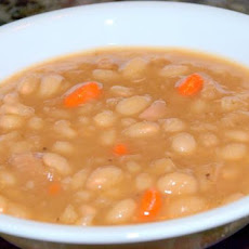 Ruth's White Bean and Ham Soup