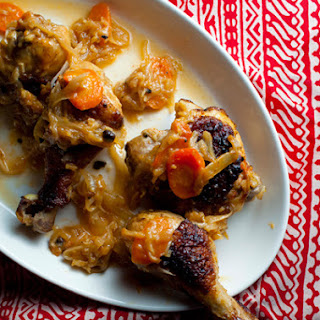 Yassa Poulet (Grilled Chicken in Caramelized Onion Sauce)