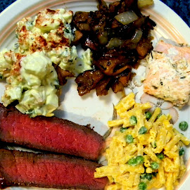 Beef! It's what was for dinner! And salmon, chantrelle mushrooms, mac & cheese salad with peas, potato salad with our pickles, our herbs and our potatoes...YUM! by Liz Hahn - Food & Drink Eating