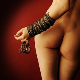 Bangles by Vineet Johri - Nudes & Boudoir Artistic Nude ( creative art nude lighting, vkumar phtotography, art nude, bums, bottoms, kittie, bangles )