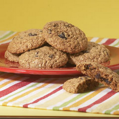 Secret Ingredient Moist & Chewy Oatmeal Cookies