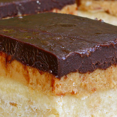 Peanut Butter and Chocolate Shortbread Bars