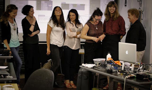 <p> Isadora workshop, s p a c e in Hackney, London Aug 2012</p>