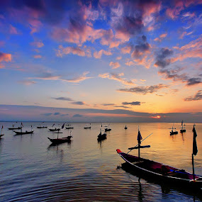 parking boat by Rhonny Dayusasono - Landscapes Waterscapes