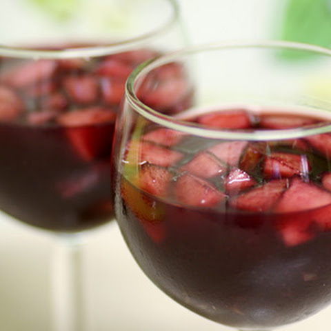 red wine sangria with triple sec and brandy recipes yummly