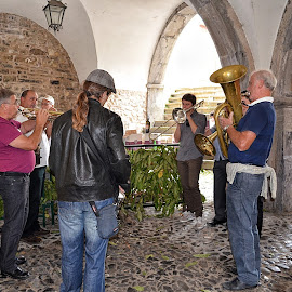 Live music in Pigna by Roberta Sala - City,  Street & Park  Street Scenes ( music, pigna, street, street scene, italy )