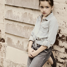 Retro Tween by Jen Accinelli - Novices Only Portraits & People ( fashion, girl, tween, beautiful, retro )
