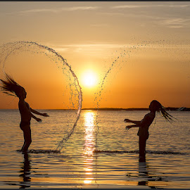 Into the sunset by Paul Sirugo - Babies & Children Children Candids ( sweden, särö, splash, kungsbacka, sunset, children )