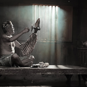 Indonesian Traditional arts by Achepot Chepot - People Portraits of Men