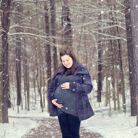 Sweet Baby of Mine by Nicci Koepke - People Maternity ( maternity, mother, family, snow, baby )