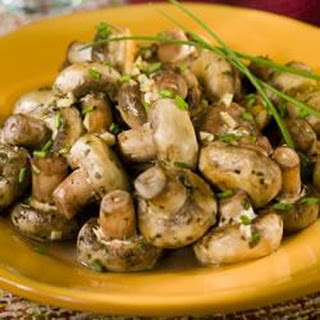 Mushrooms Sautéed with White Wine and Garlic