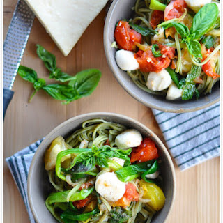 Heirloom Tomato Pasta with Scallions & Mozzarella