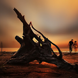 we will be by iD 's - People Couples ( tree, children, sea, beach, landscape )