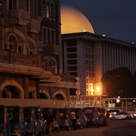 Dawn to the Mosque by Apryananda Aulia - Buildings & Architecture Places of Worship
