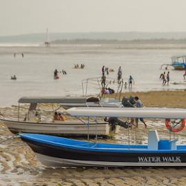 no water can't walk by Andi Sufyandi - Transportation Boats