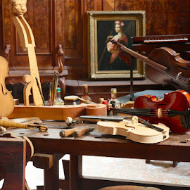 by Greg Loewen - Artistic Objects Musical Instruments