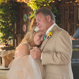 A Fathers Love by Leann Smith - Wedding Other