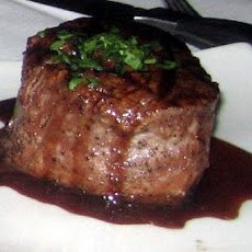 Pan-Seared Filet Mignon with Cabernet Sauce