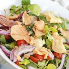 Salad With Crisp Croutons