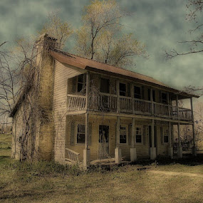 Yellow House by Sue Neitzel - Buildings & Architecture Decaying & Abandoned ( farm, old, buildings, house, yellow,  )