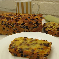 Easy 5 Minute Allergy Friendly Fruit Cake