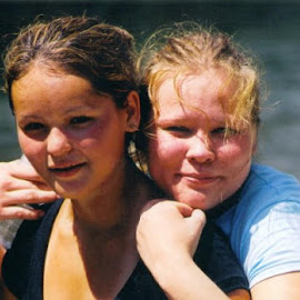 Sisters by Sue Yoder - People Family