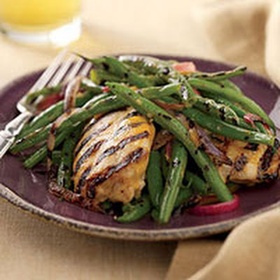 Hot-Sauce Chicken with Grilled Green Beans