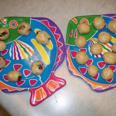 Kids' Delight Peanut Butter Balls--Low Sugar, Easy, Healthy!