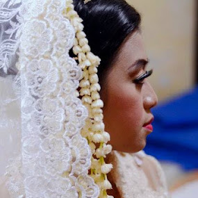 The Bride.. by Dwi Ratna Miranti - Wedding Bride