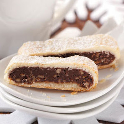 Fudge-Filled Dessert Strips