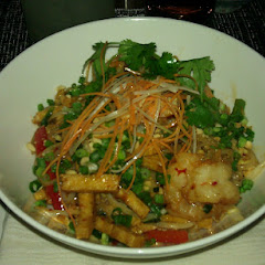 Pad Thai w/tofu & shrimp. Spicy!!