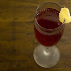 Drinking in Season: Pomegranate and Ginger Sparkler