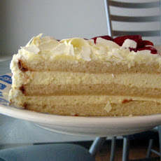 Cinnamon White Chocolate Cake