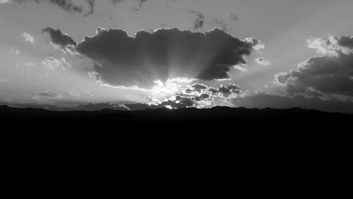 Zalazak nad pustinjom...