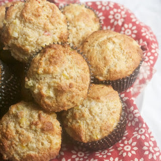 Corn Muffins with Corn, Hot Peppers & Scallions
