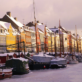 Copenhagen by Brent Huntley - Transportation Boats ( copenhagen, brentsfavoritephotos.blogspot.com, houses, ice, boats, denmark, river,  )