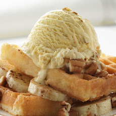 BANANA AND CINNAMON ICE CREAM WAFFLES